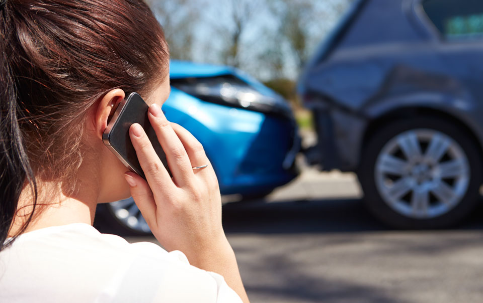 girl calling svendsen insurance agency after an accident